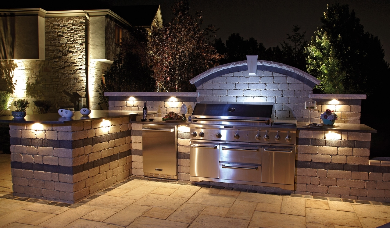 Image of: Entertaining Outdoors Unilock Pertaining To Unilock Outdoor Kitchens Decorate Unilock Outdoor Kitchens