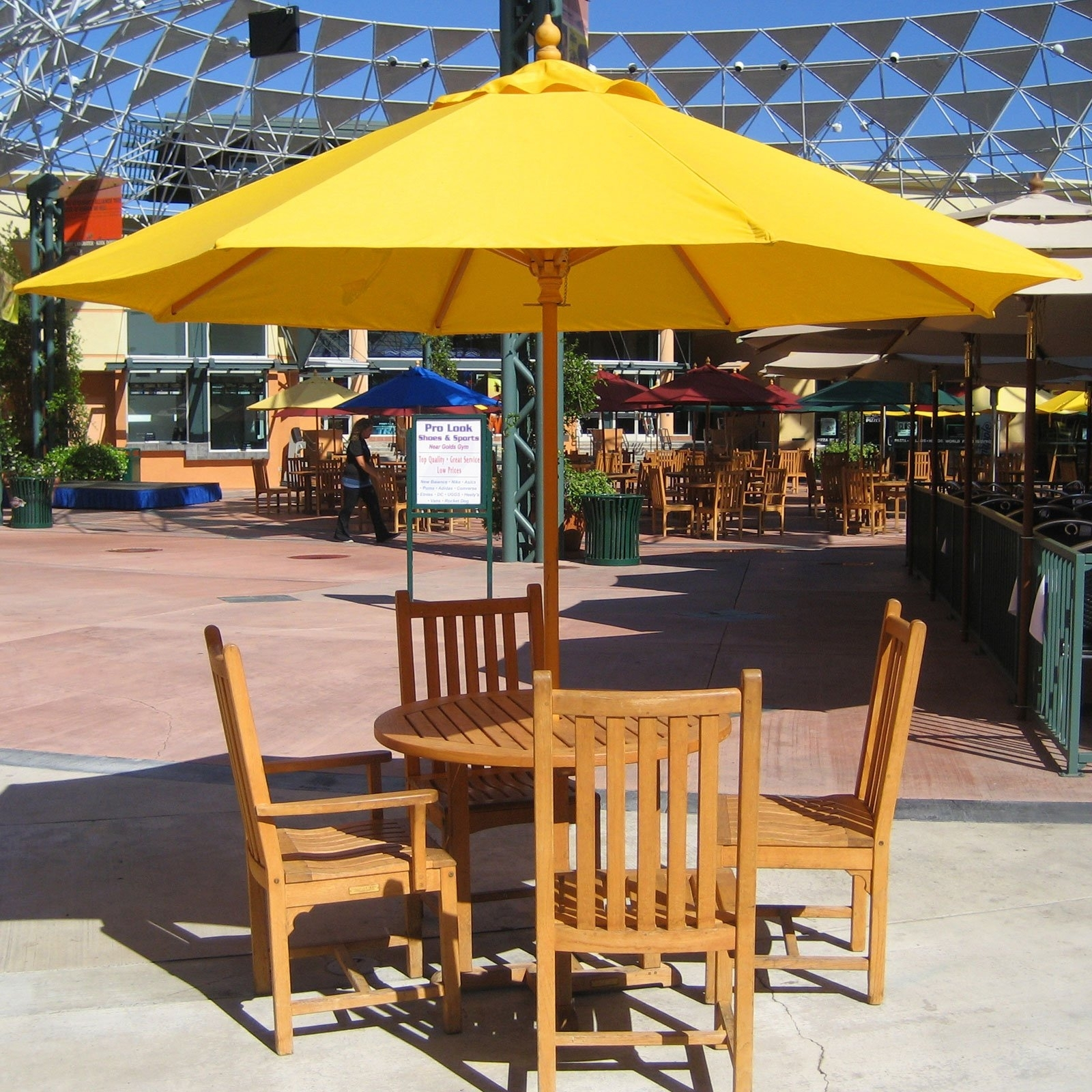 Image of: Exterior Design Interesting Walmart Umbrella For Your Patio Decor With Regard To Commercial Outdoor Dining Furniture Great Commercial Outdoor Dining Furniture