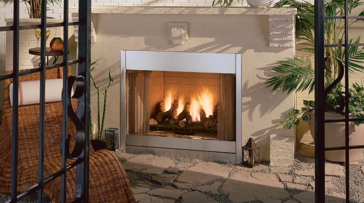 Image of: Fake Outdoor Fireplace Throughout Fake Outdoor Fireplace Build Fake Outdoor Fireplace