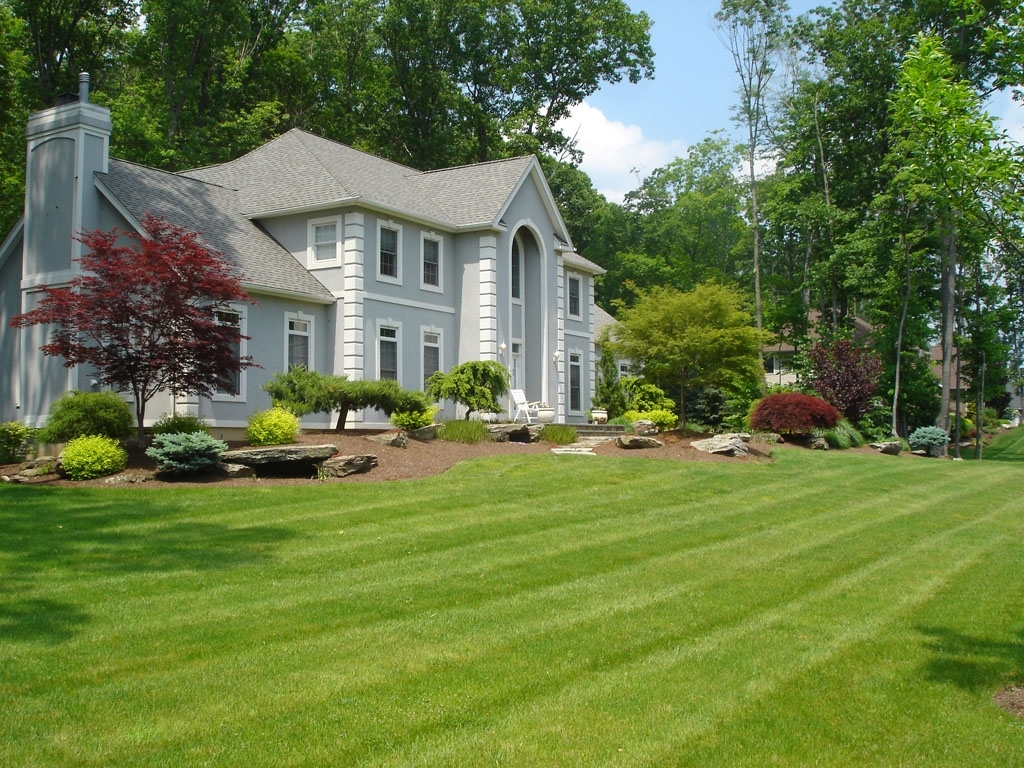 Image of: Front Yard Landscaping And Frontyard Landscaping Ideas 26 Image 23 Within Front Yard Landscaping Ideas Appealing Front Yard Landscaping Ideas