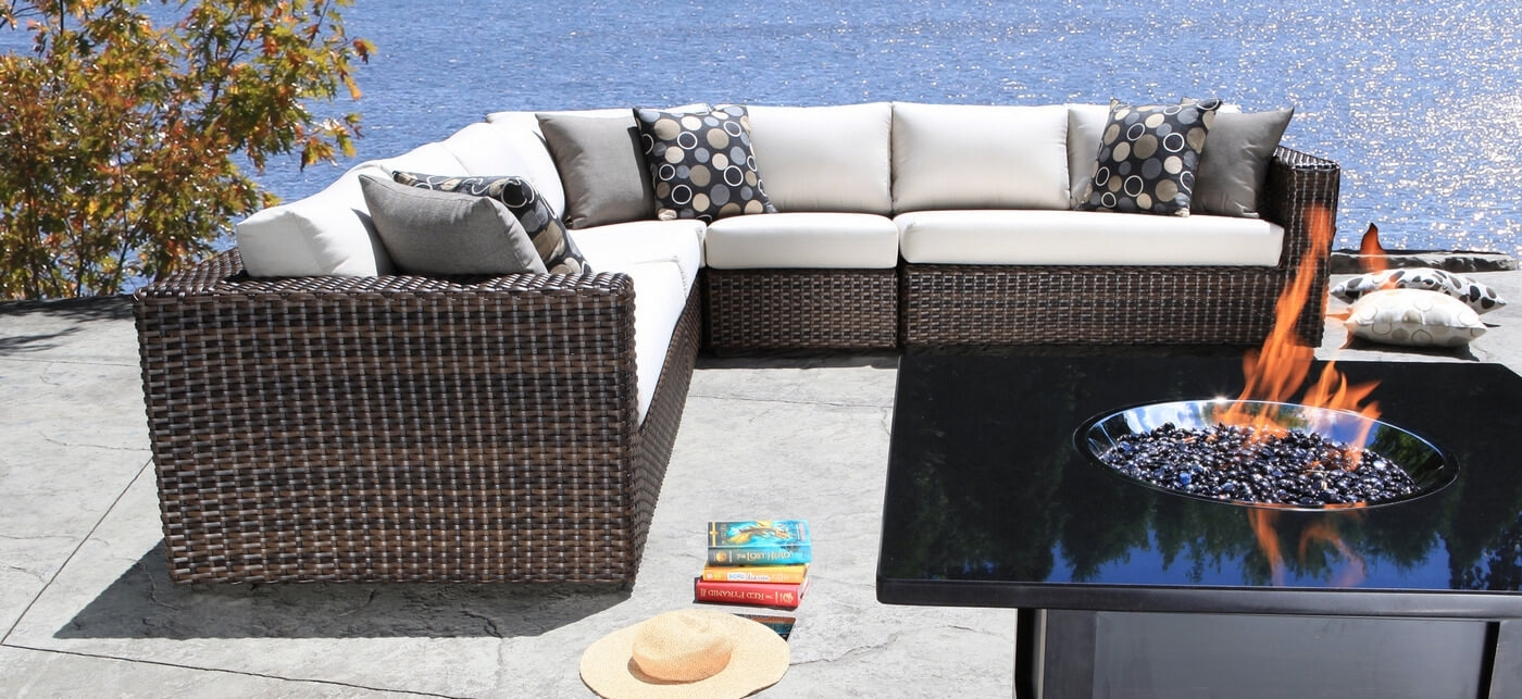 Image of: Furniture Modern For High End Outdoor Furniture