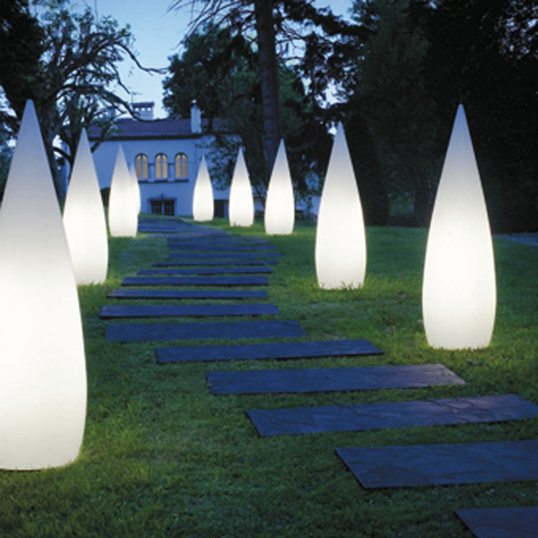 Image of: Garden Bollard Light Contemporary Stainless Steel Outdoor Bollard Lighting Style