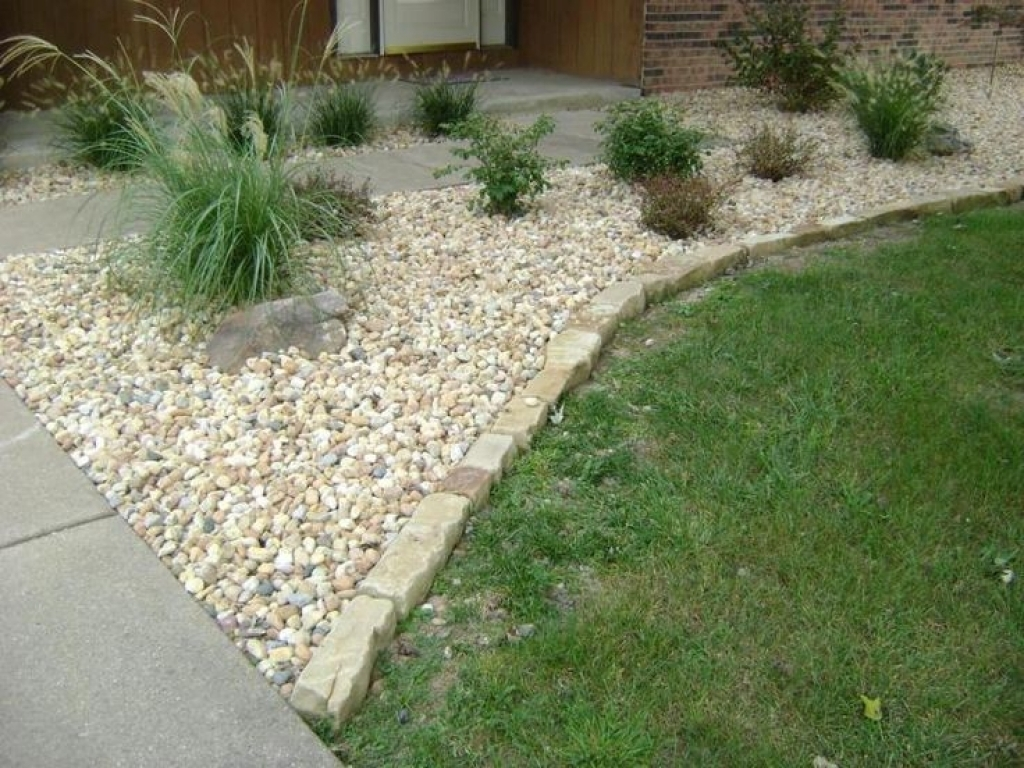 Image of: Garden Decorative Rocks White Rocks For Landscaping Garden With White Rocks For Landscaping Amazing White Rocks For Landscaping