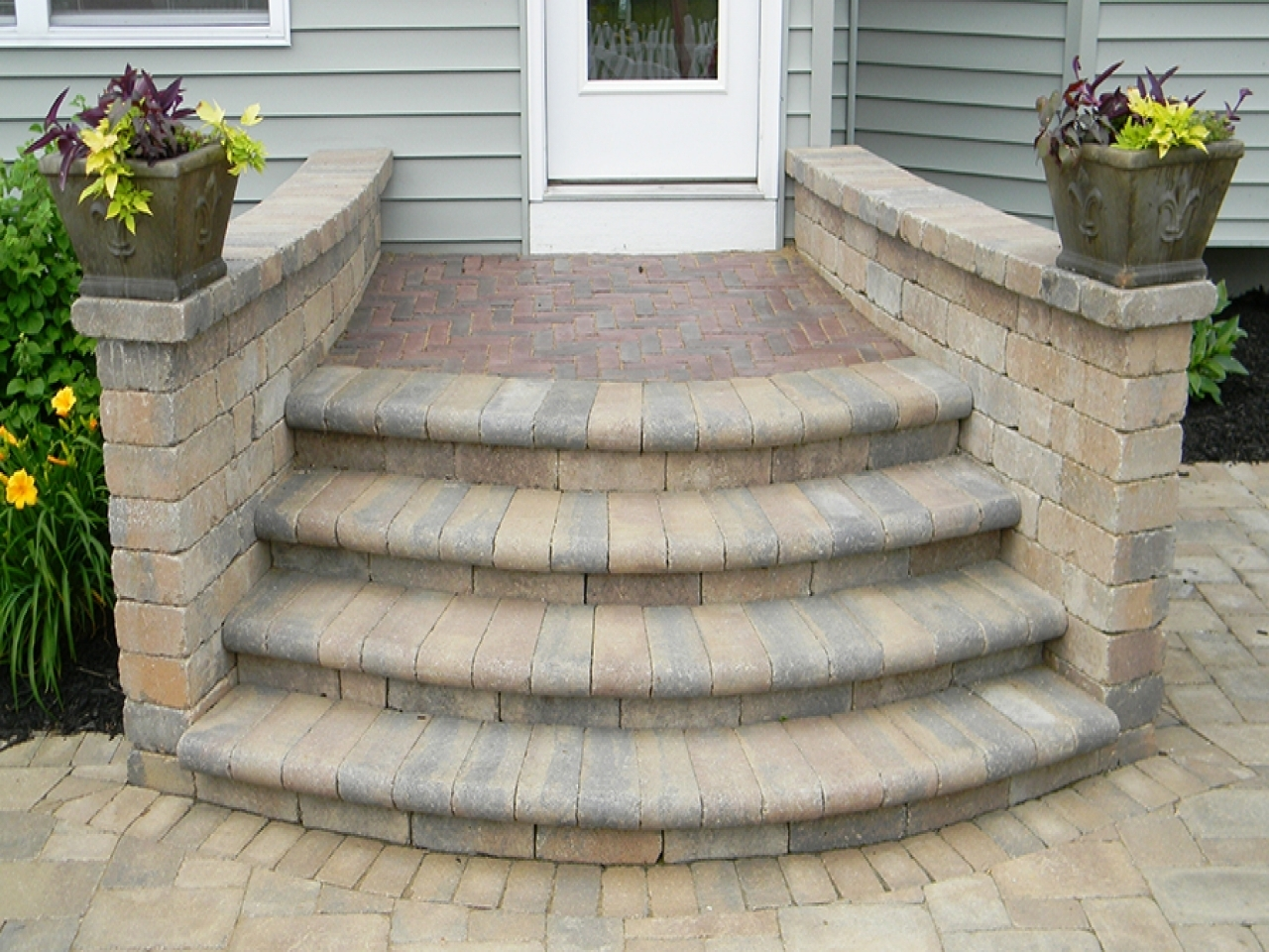 Image of: Garden Exciting Pavers Home Depot For Inspiring Your Landscape Pertaining To Bricks For Landscaping Edge Bricks For Landscaping Ideas