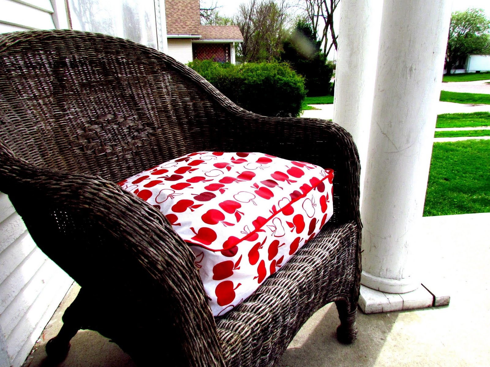 Image of: Great For Wicker Seat Cushions The Homy Design Within Outdoor Wicker Seat Cushions Very Elegant Outdoor Wicker Seat Cushions