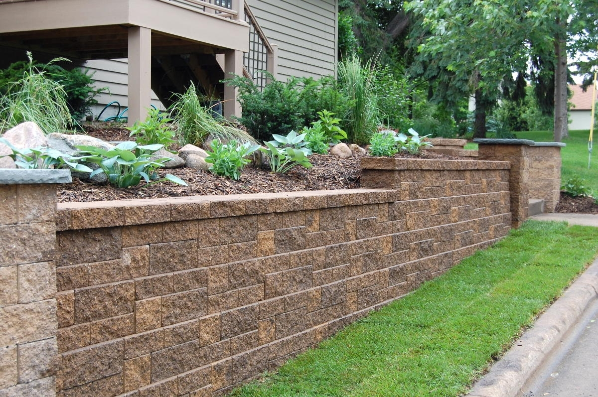 Image of: Hsm Landscaping Edmonton Ab Retaining Walls Pertaining To Retaining Wall Landscaping Ideas For Retaining Wall Landscaping