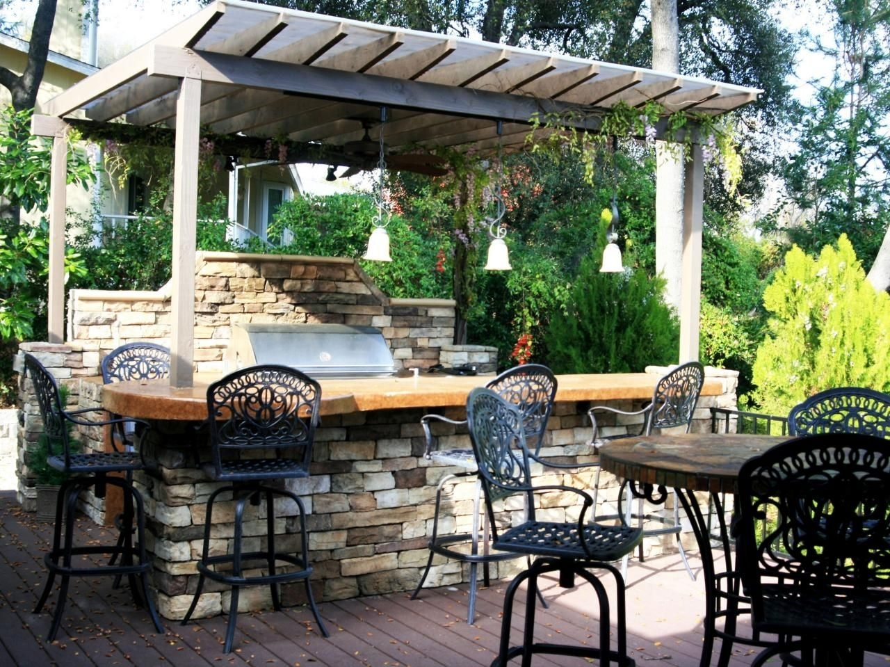 Image of: Ideas Of Outdoor Kitchen Roof Wearefound Home Design Inside Outdoor Kitchen Roofs Outdoor Kitchen Roofs Painting