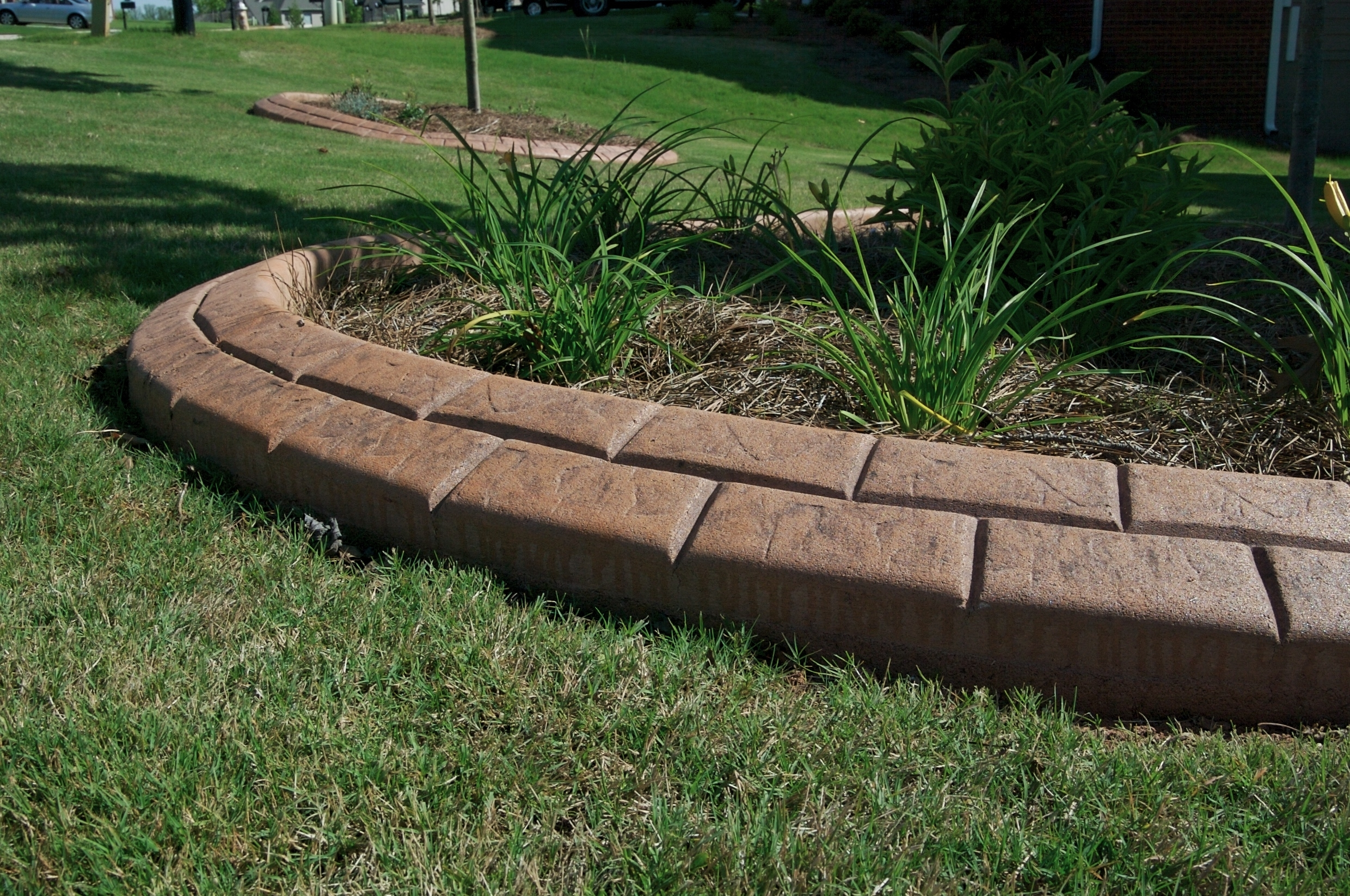 Image of: Innovative Edging Pertaining To Decorative Landscape Curbing Ideas Decorative Landscape Curbing Ideas
