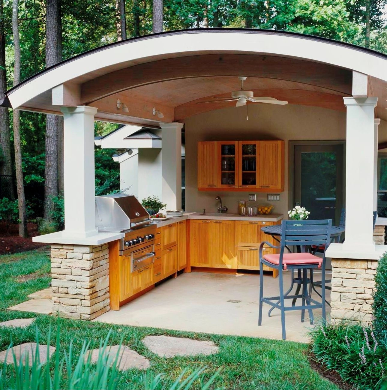 Image of: Kitchen Covered Modern Outdoor Kitchens With Woden Kitchen Set Inside Outdoor Kitchen Wood Countertops Nice Outdoor Kitchen Wood Countertops Inspiration