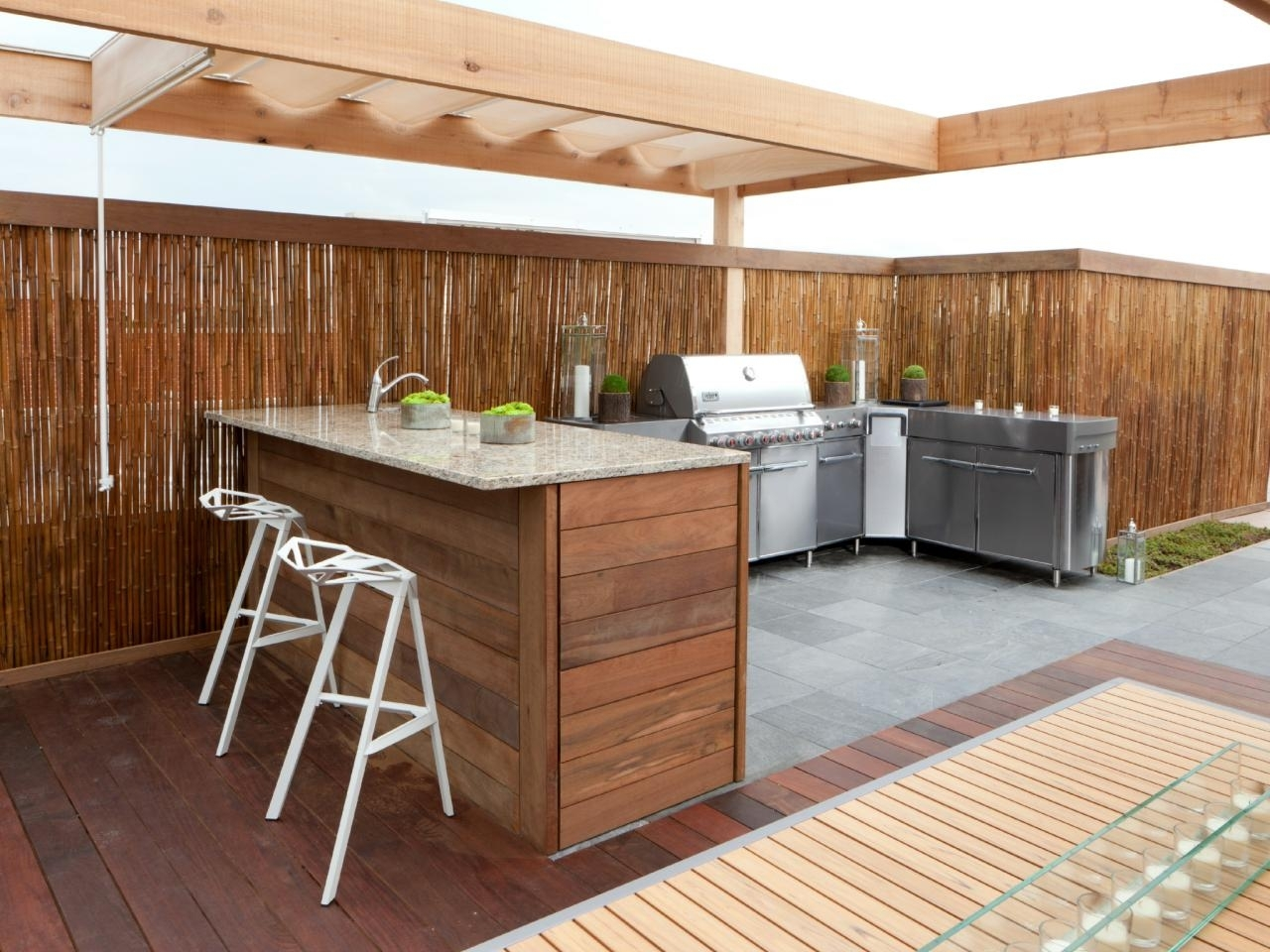 Image of: Kitchen Crashers Diy Inside Outdoor Kitchen Wood Countertops Nice Outdoor Kitchen Wood Countertops Inspiration