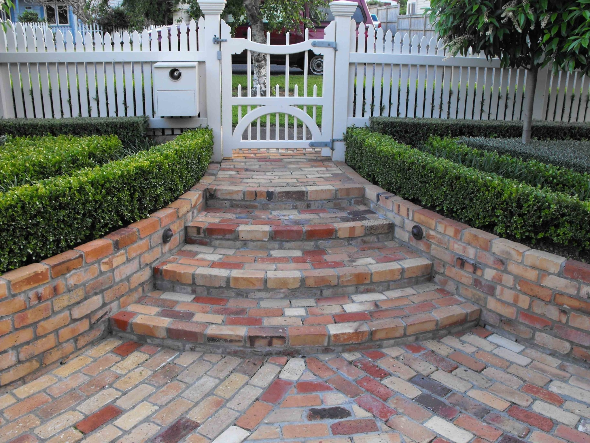 Image of: Landscaping Design Jmarvinhandyman Within Bricks For Landscaping Edge Bricks For Landscaping Ideas