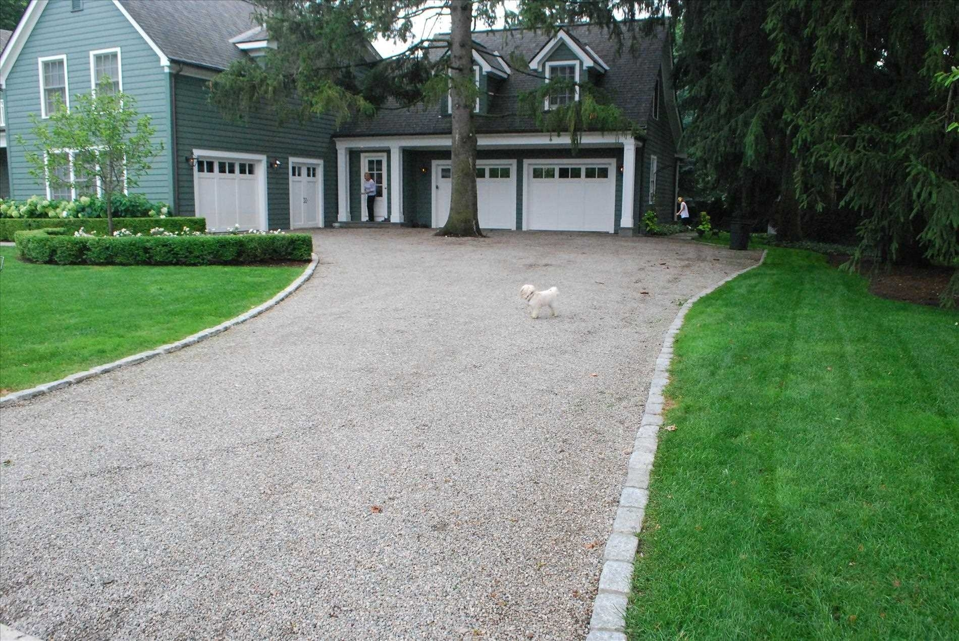 Image of: Landscaping Ideas For Circular Driveway Hadosentrosagarden In Driveway Landscape Ideas Beautiful Driveway Landscape Ideas