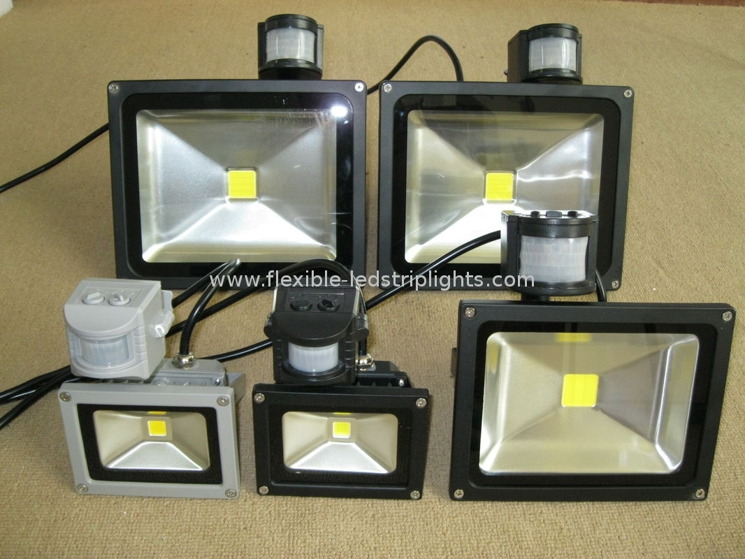 Image of: Led Flood Light Fixture Indoor Commercial Outdoor Led Flood With Outdoor Led Flood Light Fixture Outdoor Led Flood Light Fixture Design