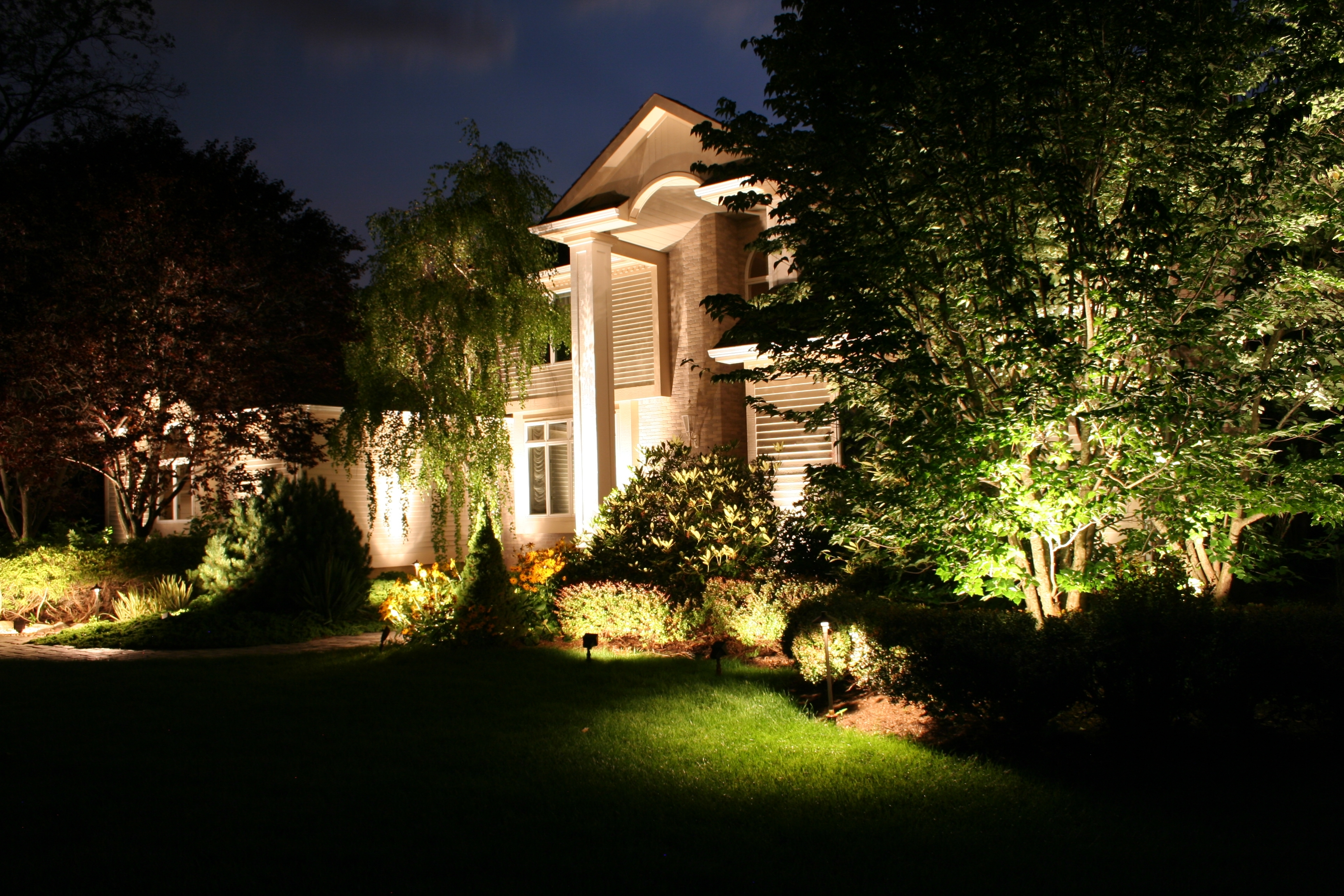 Image of: Led Light Design Enchanting Low Voltage Led Landscape Lights Low Within Outdoor Lighting Designs Outdoor Lighting Designs In Facades