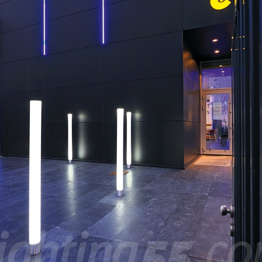 Image of: Light Pipe Led Outdoor Bollard Lighting Style