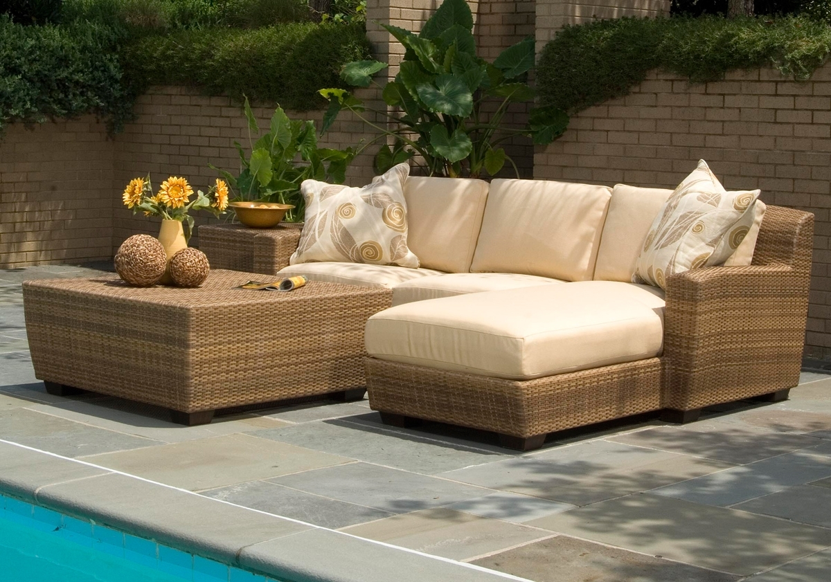 Image of: Europe Luxury Outdoor Furniture For High End Outdoor Furniture