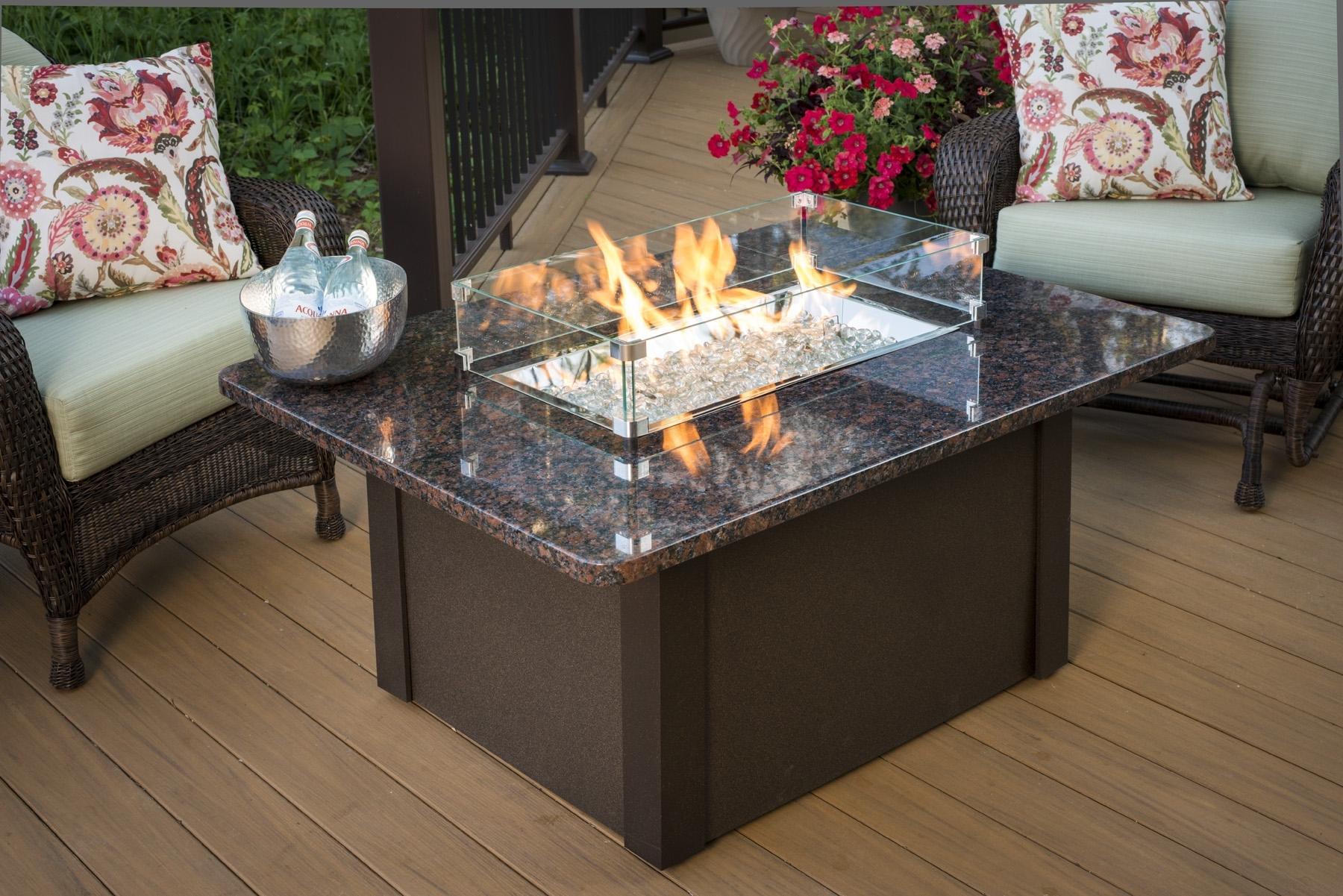 Image of: Modern Concept Outdoor Fireplace Tables Choosing A Fire Pit Fire Pertaining To Modern Fireplace Outdoor Modern Fireplace Outdoor Installation