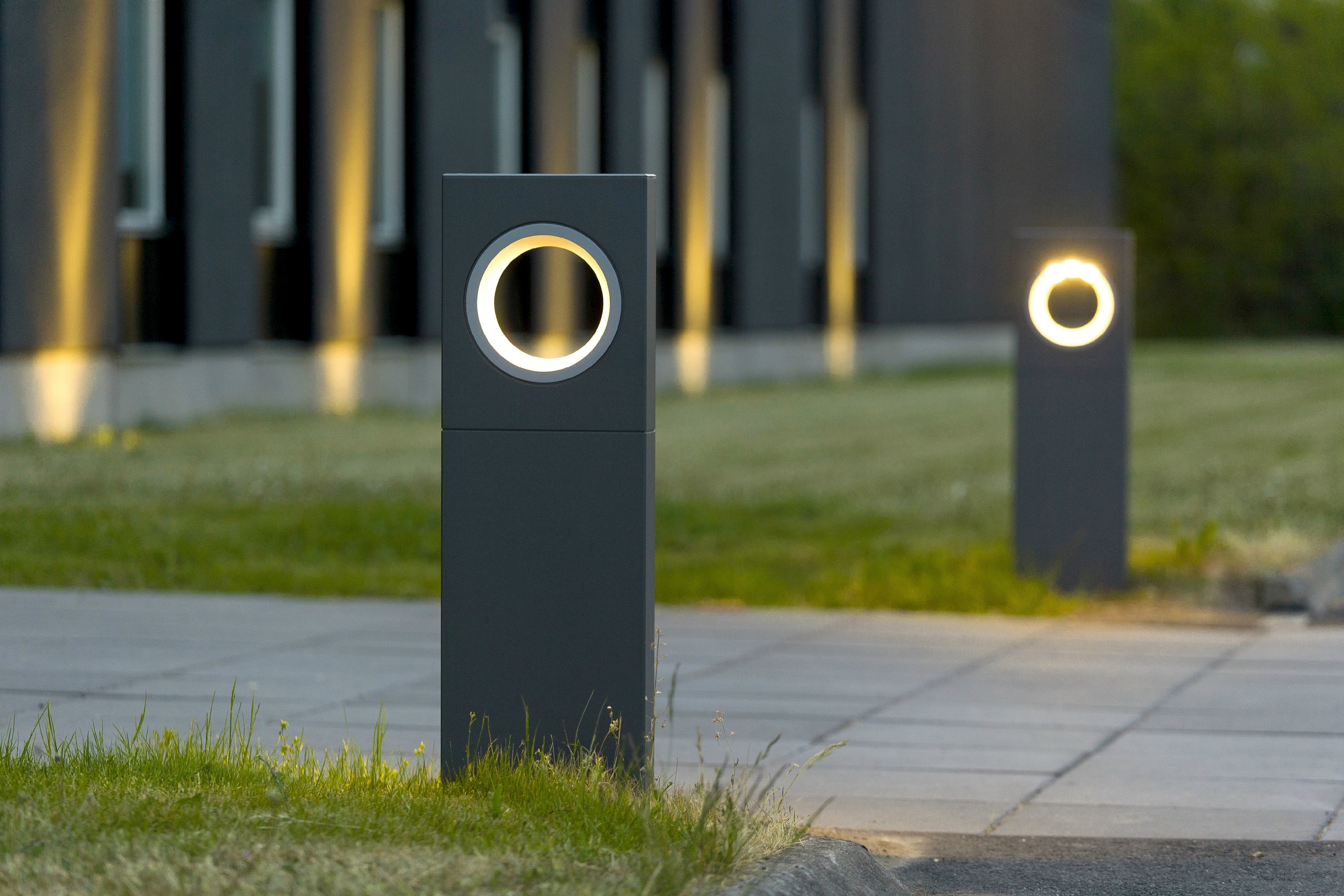 Image of: Moon Outtdoor Bollard Lighting Style