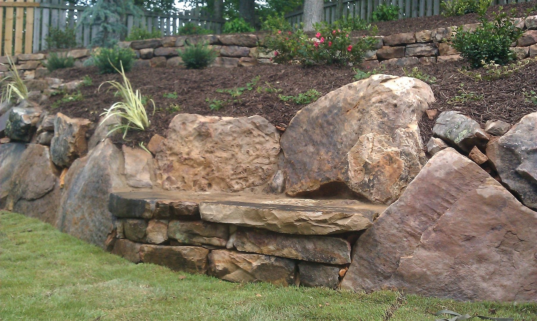 Image of: Natural Boulders For Landscaping