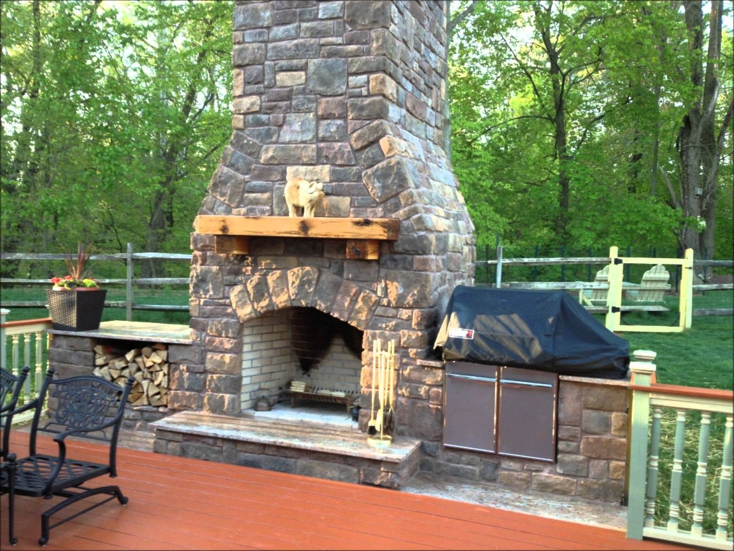Image of: Fireplace And Smoker With Outdoor Fireplace Flue Cleaning Guide