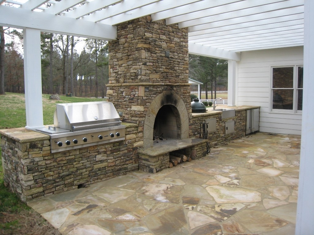 Image of: Outdoor Fireplace Kits For The Diyer Shine Your Light In Inexpensive Outdoor Fireplace Popular Today Inexpensive Outdoor Fireplace