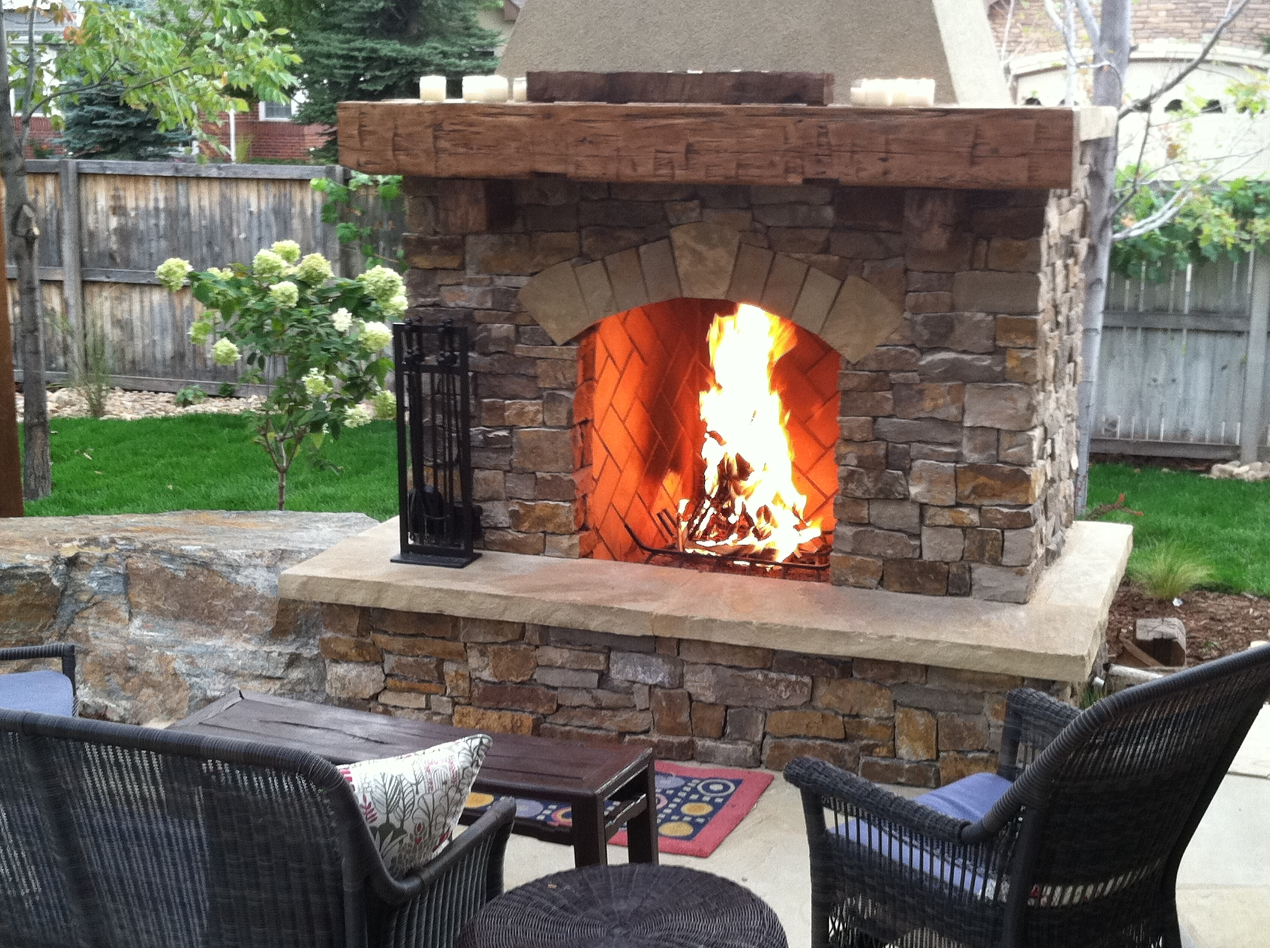 Image of: Outdoor Fireplace Kits Gas Fireplace Design And Ideas In Outdoor Wood Fireplace Design Outdoor Wood Fireplace Designs