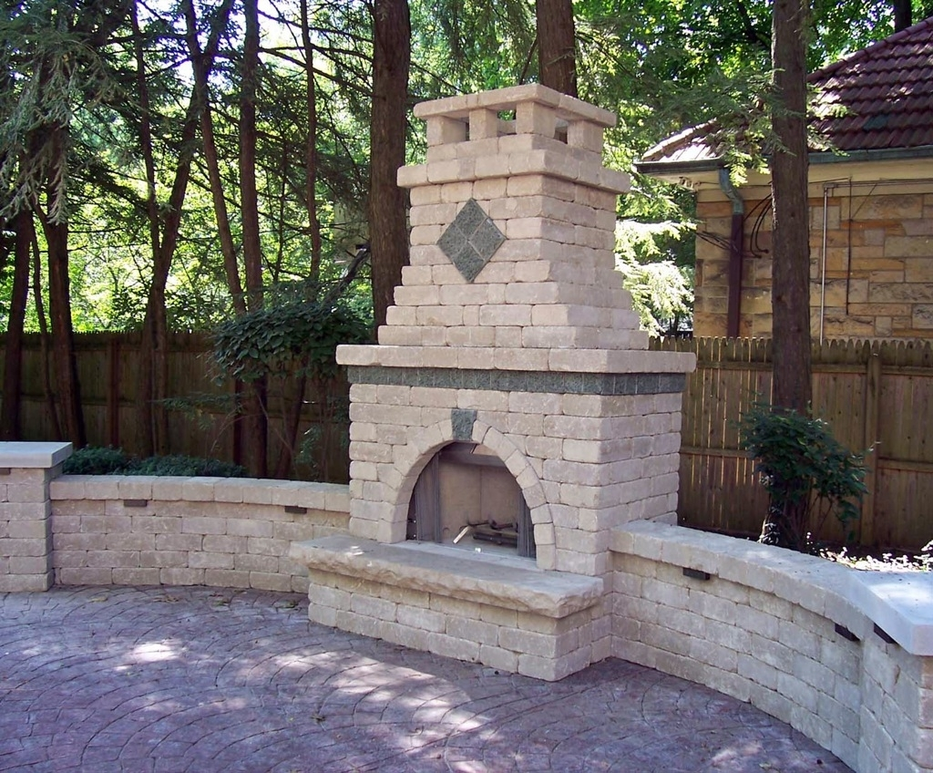 Image of: Outdoor Fireplace Pits Outdoor Living Spaces Fire Features Pertaining To Masonry Outdoor Fireplace The Right Options For Masonry Outdoor Fireplace
