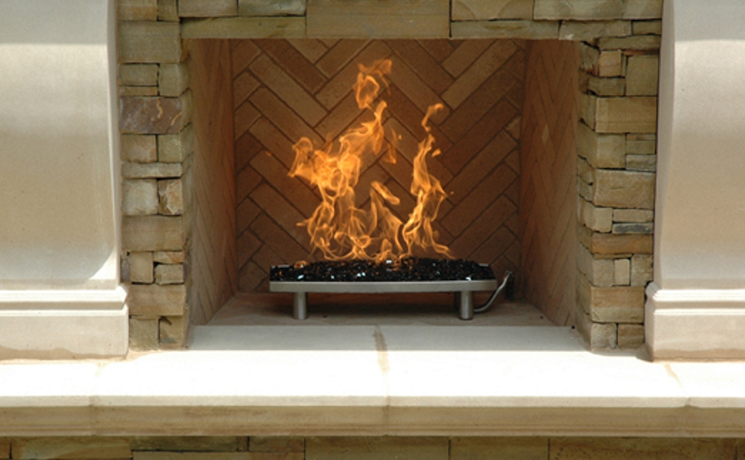 Image of: Outdoor Fireplace With Fire Glass Pan Burner 2 Outdoor Fireplace With Regard To Outdoor Fireplace Burner Outdoor Fireplace Burner Clan