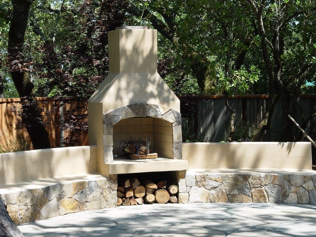 Image of: Outdoor Fireplaces ProjectsFor Outdoor Fireplace Flue Cleaning Guide