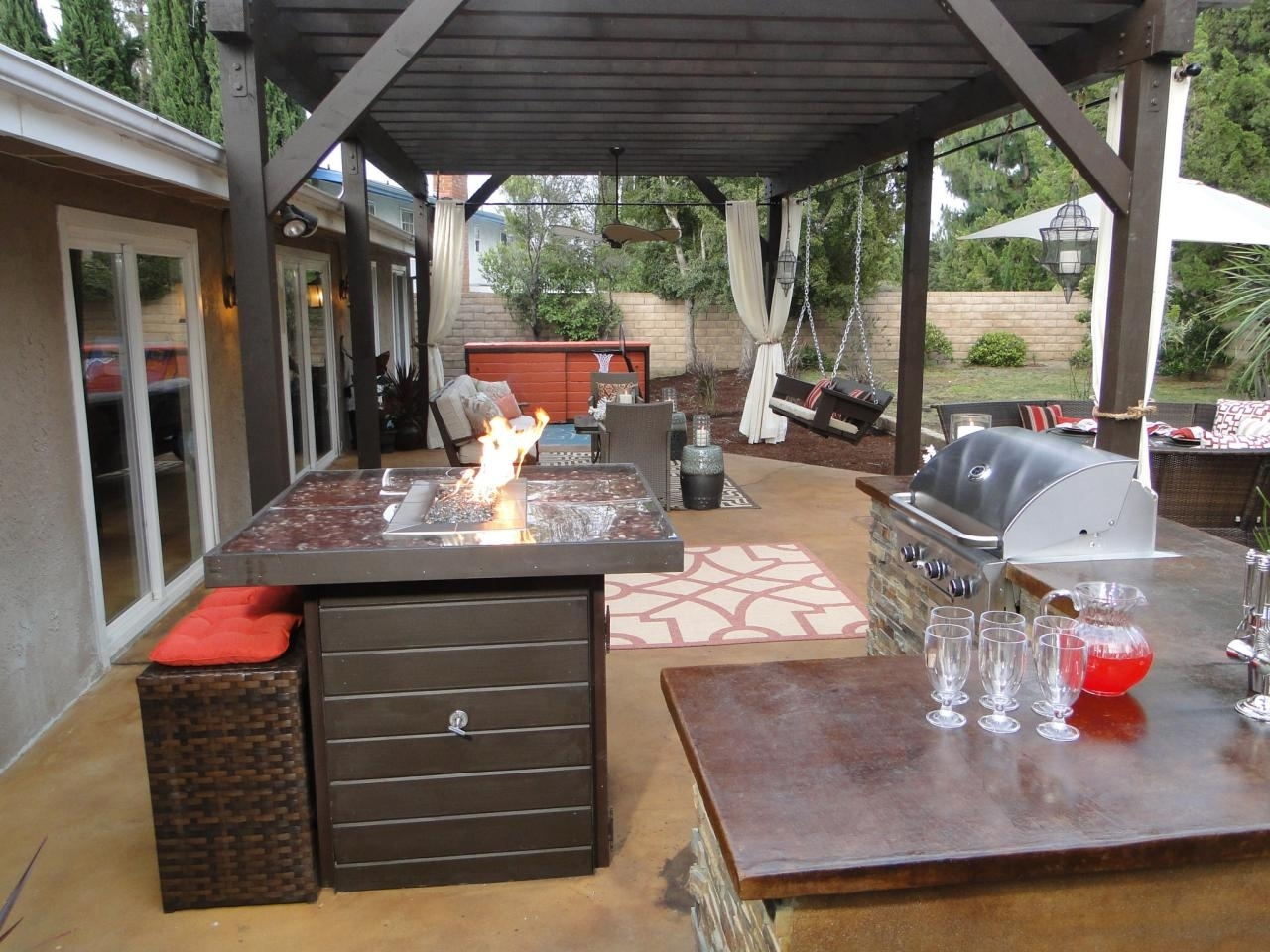 Image of: Outdoor Kitchen Countertops Pictures Ideas From Hgtv Hgtv In Outdoor Kitchen Wood Countertops Nice Outdoor Kitchen Wood Countertops Inspiration