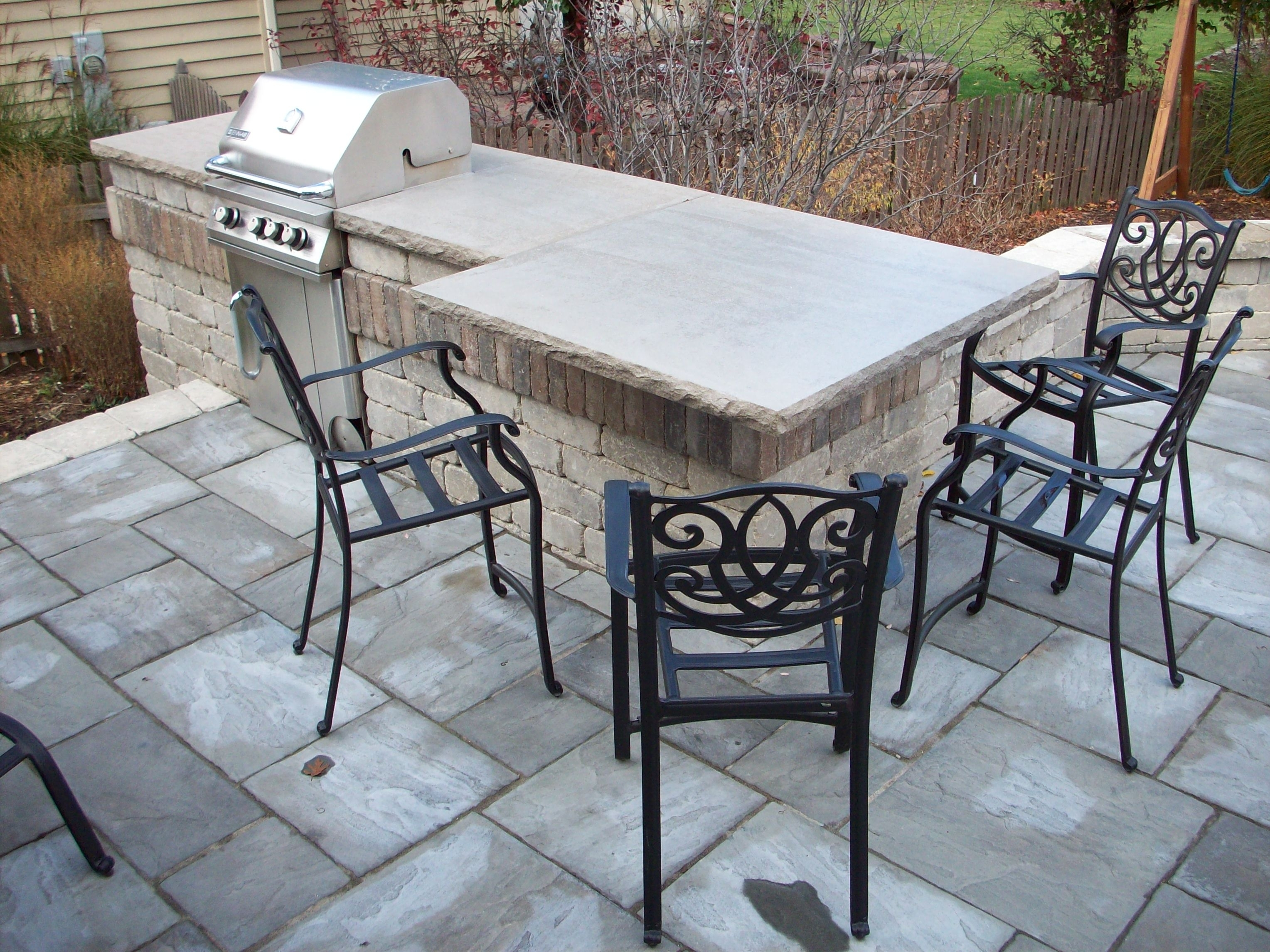 Image of: Outdoor Kitchens Unilock Olde Quarry Bbq Limestone Countertop Regarding Unilock Outdoor Kitchens Decorate Unilock Outdoor Kitchens