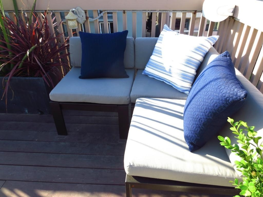 Image of: Outdoor Simple Affordable Patio Furniture With Additional Home Intended For Navy Outdoor Cushions Perfect Navy Outdoor Cushions