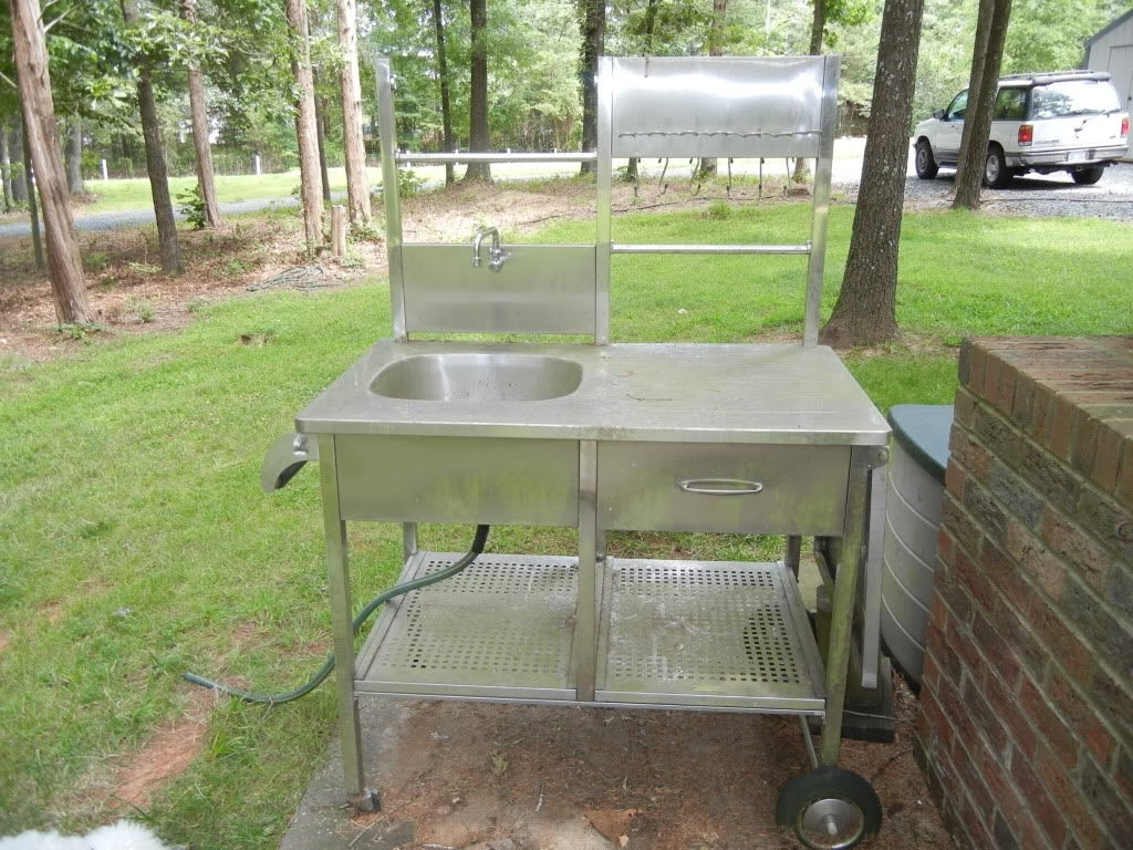 Image of: Outdoor Sink Drainage Nine Nifty Ideas From San Francisco Green For Outdoor Kitchen Sink Drain Best Outdoor Kitchen Sink Drain Idea