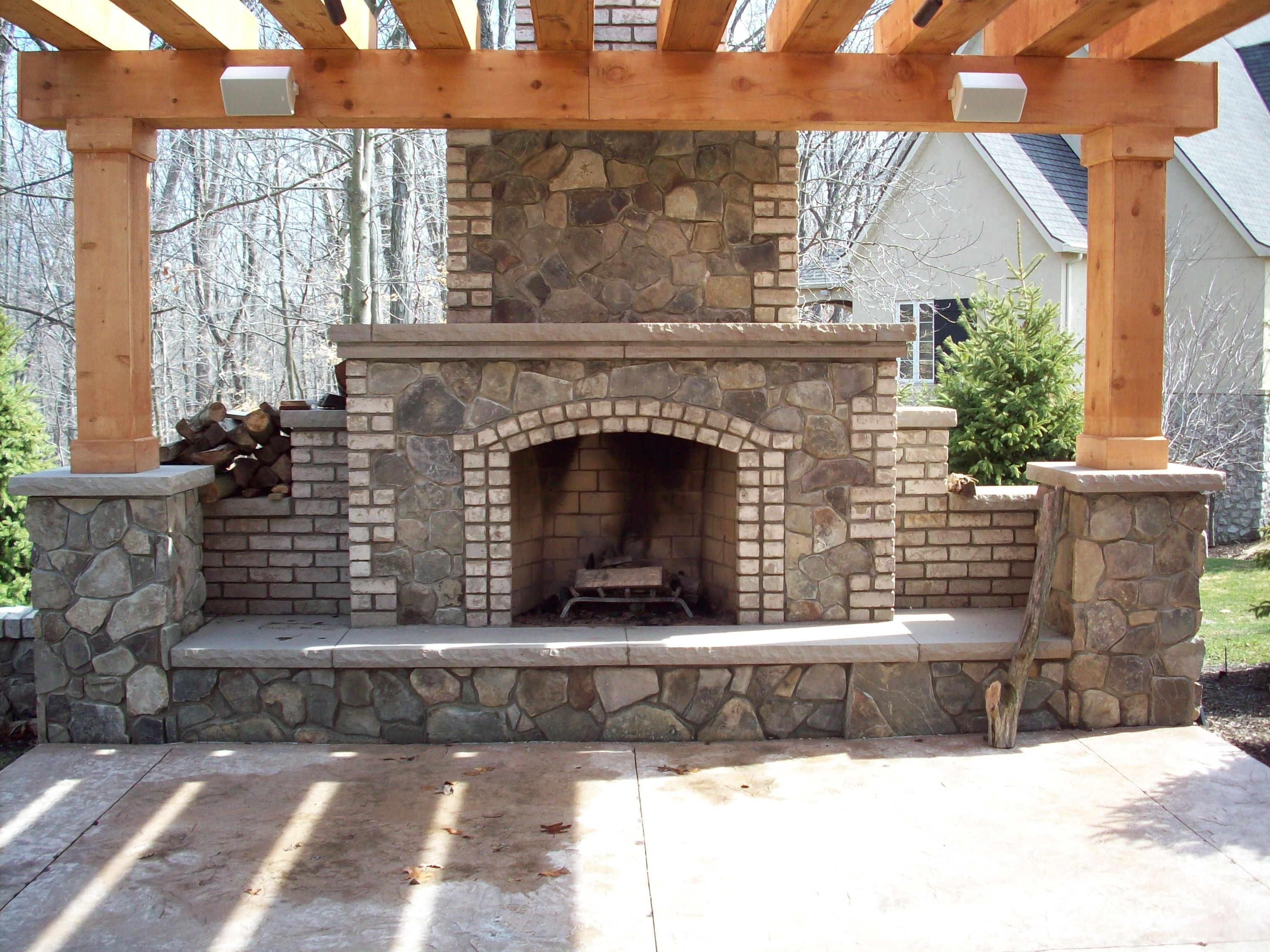 Image of: Outside Fireplace Inserts Intended For Masonry Outdoor Fireplace The Right Options For Masonry Outdoor Fireplace