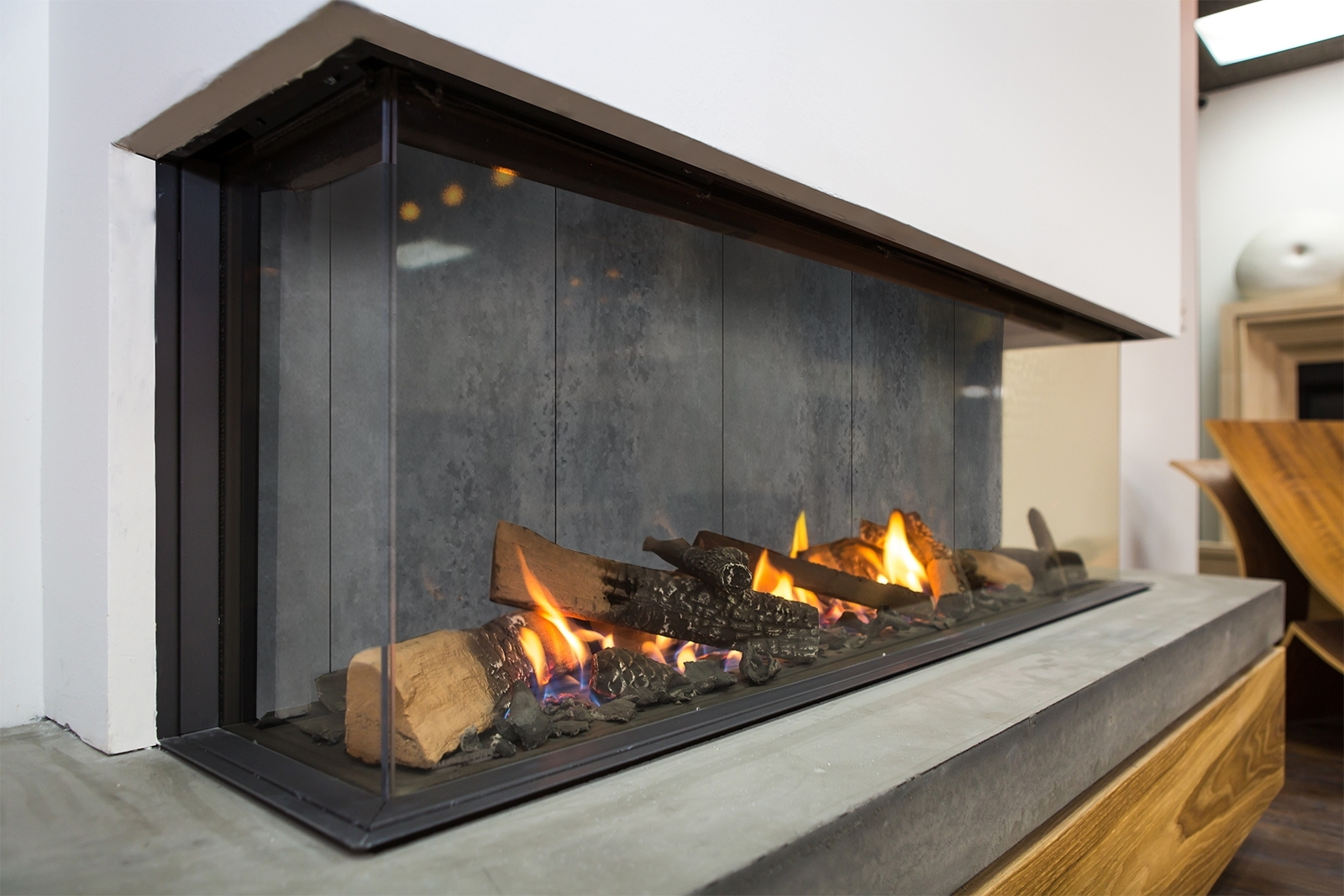 Image of: Passionate Design Modern Fireplaces European Home With Regard To Modern Fireplace Outdoor Modern Fireplace Outdoor Installation