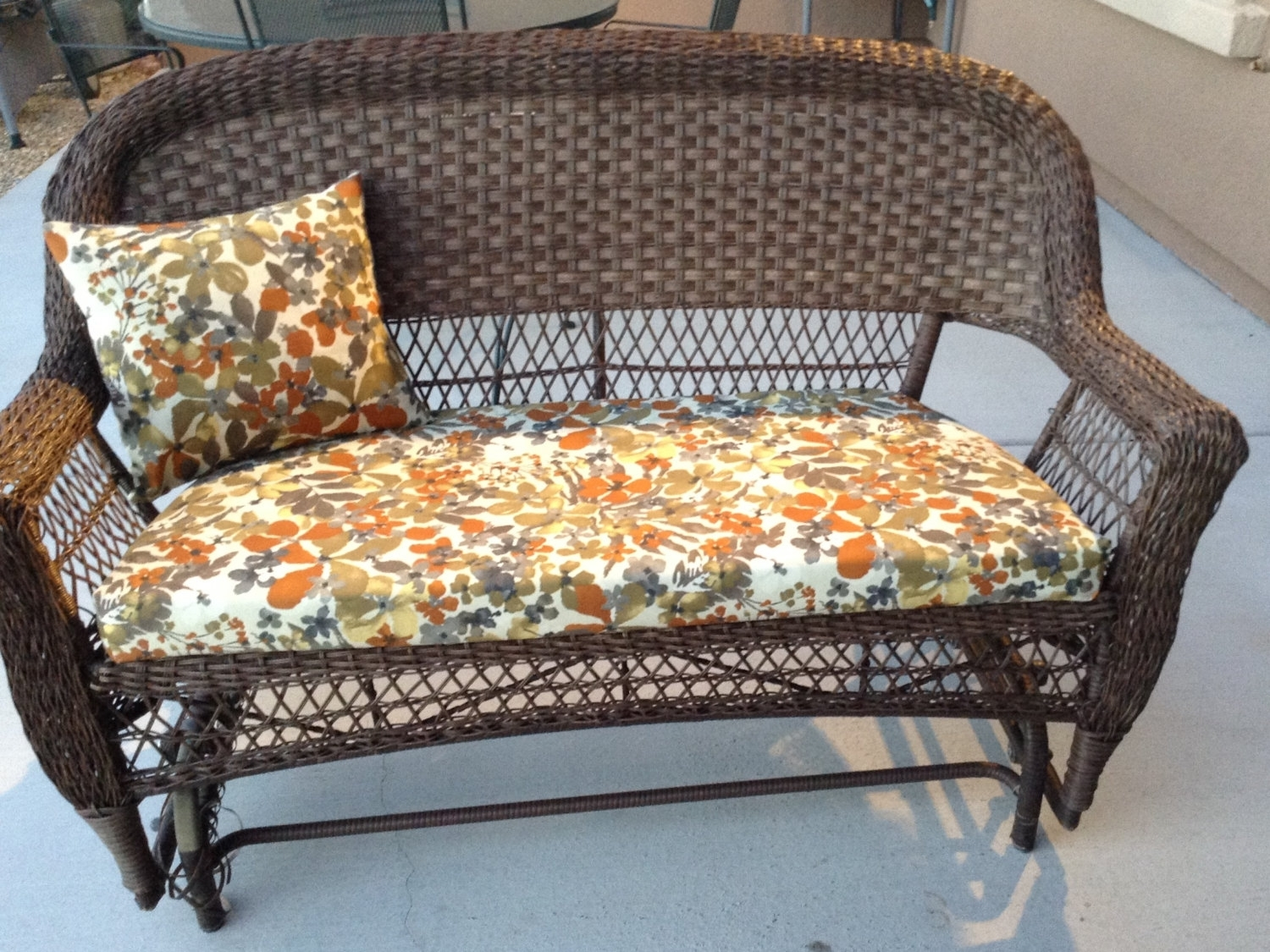Image of: Patio Furniture Chair Cushions Wicker Chair Cushion Floral Pattern Regarding Outdoor Wicker Seat Cushions Very Elegant Outdoor Wicker Seat Cushions
