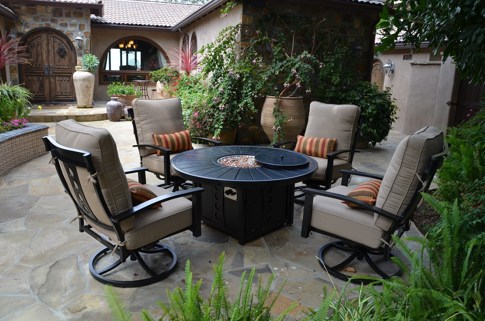 Image of: Patio Resort Lifestyles Inc Regarding Resort Outdoor Furniture Beautiful Resort Outdoor Furniture