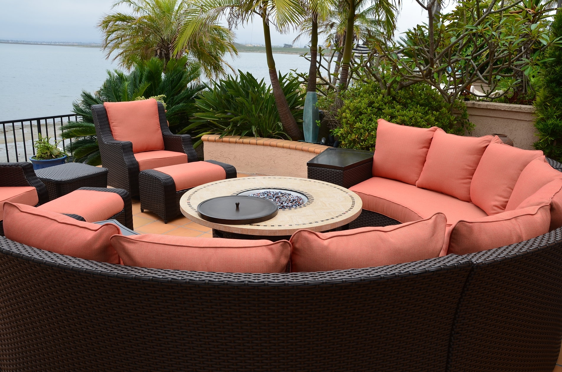 Image of: Patio Resort Lifestyles Inc Within Resort Outdoor Furniture Beautiful Resort Outdoor Furniture