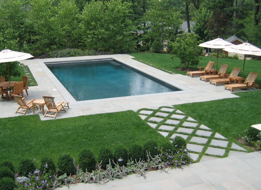 Rectangular Swimming Pool As Part Of Formal Nj Backyard Design With Backyard Landscaping Plans Cheap Backyard Landscaping Plans
