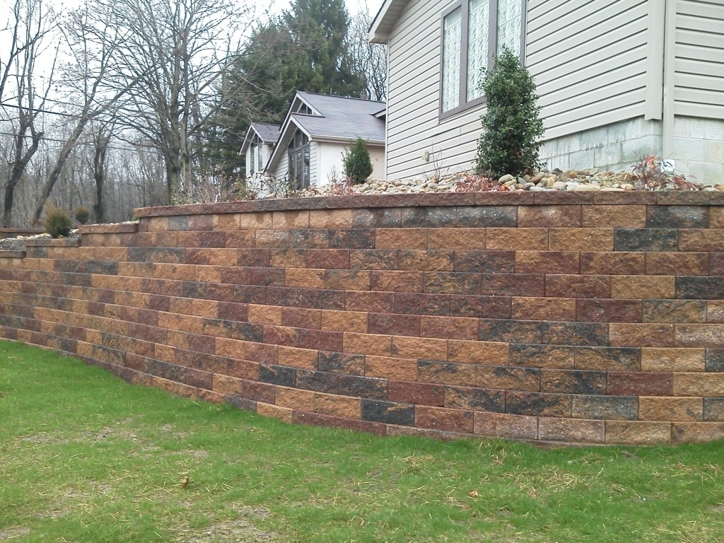 Image of: Country Farms With Landscape Retaining Wall