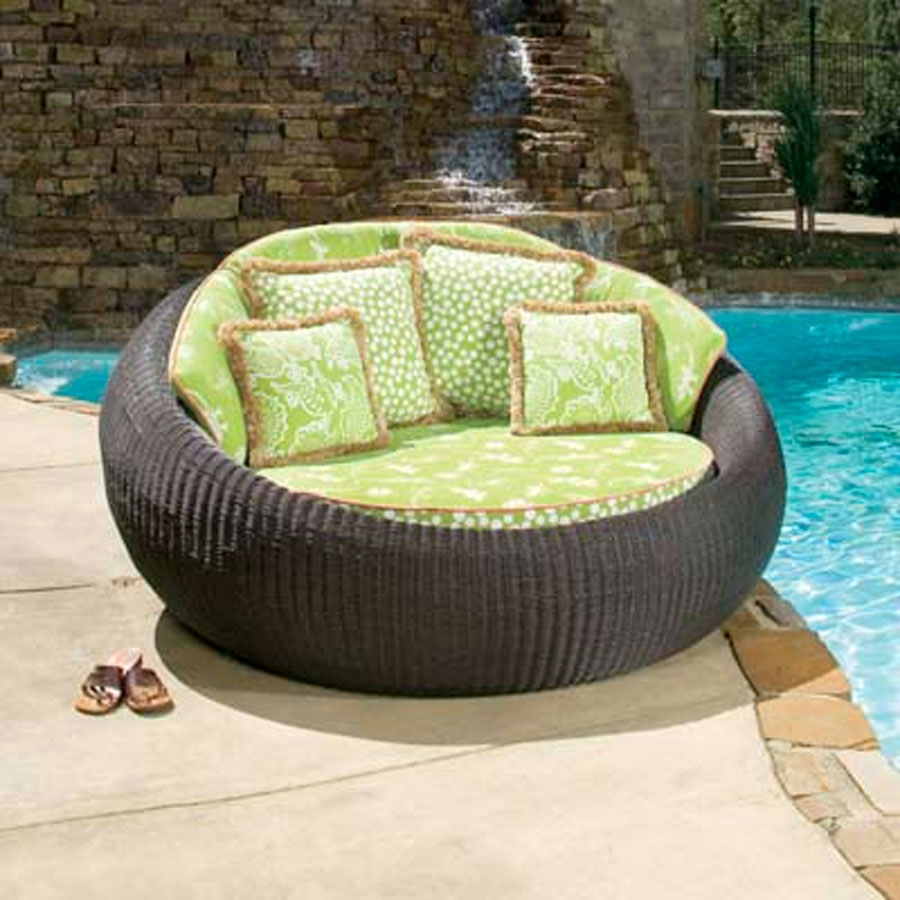 Image of: Round Lounge Chair Outdoor Show Home Design With Oversized Outdoor Chair Cushions Oversized Outdoor Chair Cushions Design