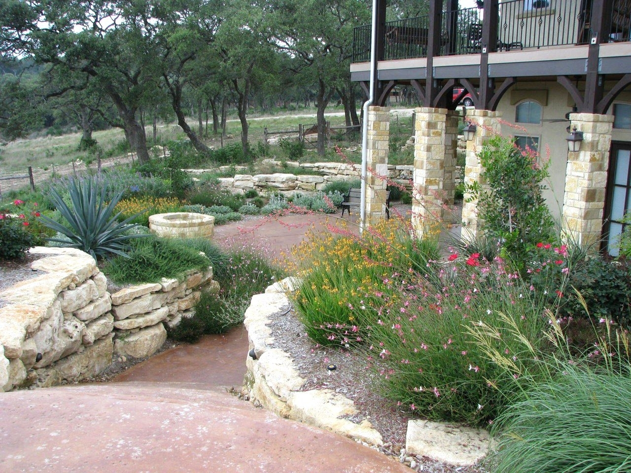 Image of: Small Yard Landscaping Ideas Central Texas Drought Tolerant Texas For Drought Tolerant Landscape Ideas Popular Drought Tolerant Landscape Ideas