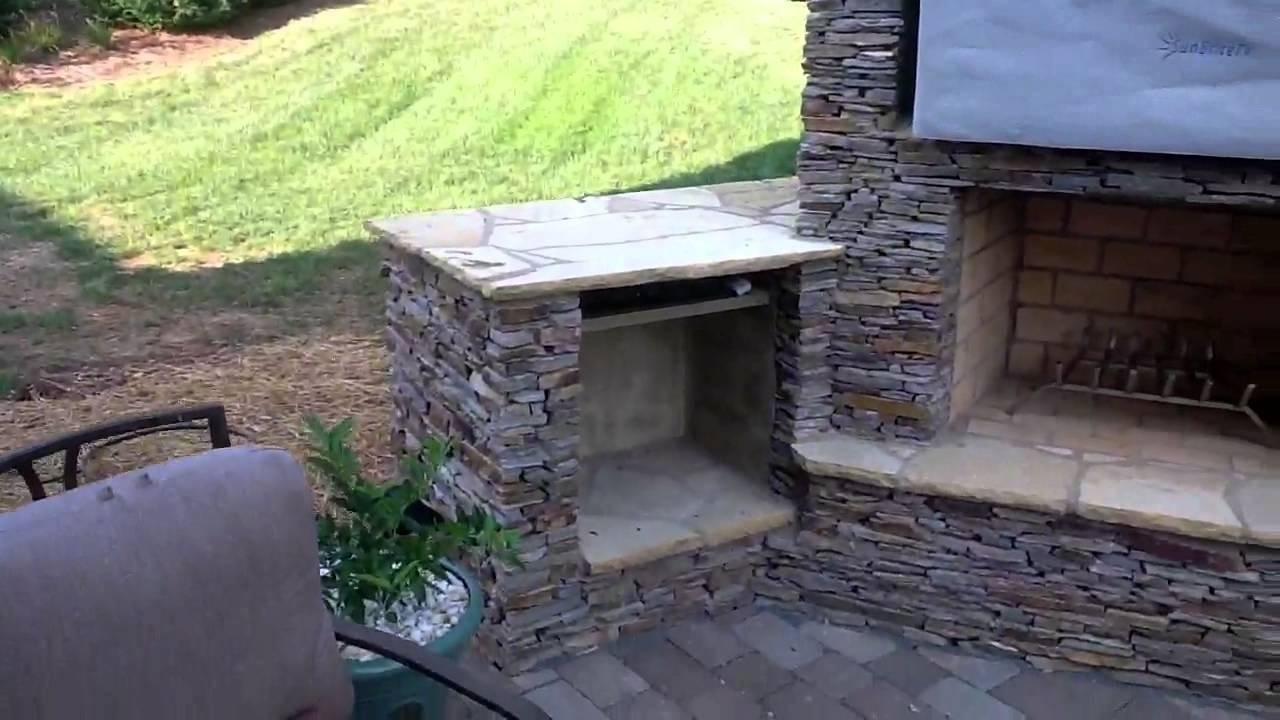 Image of: Stack Stone Outdoor Fireplace And Outdoor Kitchen With Sunbrite Tv With Eldorado Stone Outdoor Kitchen Eldorado Stone Outdoor Kitchen