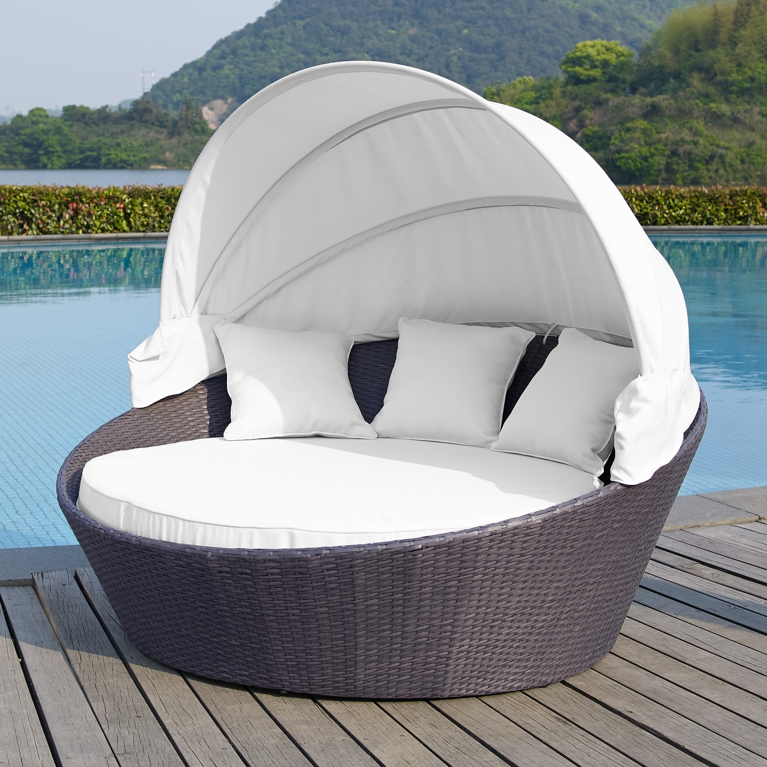 Image of: Stunning Patio Sofas With Cushion Also Awesome Outdoor Lounge Bed With Regard To Round Outdoor Cushion Diy Simple Round Outdoor Cushion