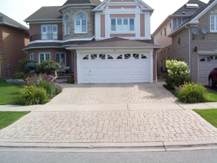Terrific Landscaping Driveway For Activities Outside Of The Home For Driveway Landscape Ideas Beautiful Driveway Landscape Ideas