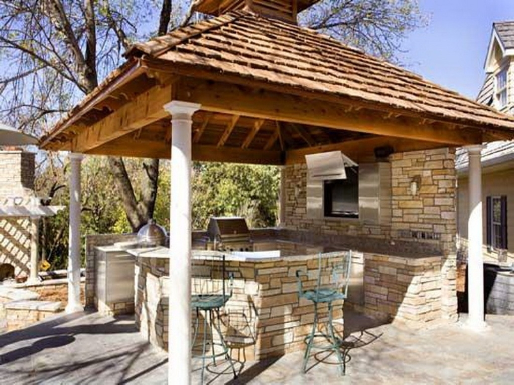 Image of: Top 15 Outdoor Kitchen Designs And Their Costs 24h Site Plans In Outdoor Kitchen Roofs Outdoor Kitchen Roofs Painting