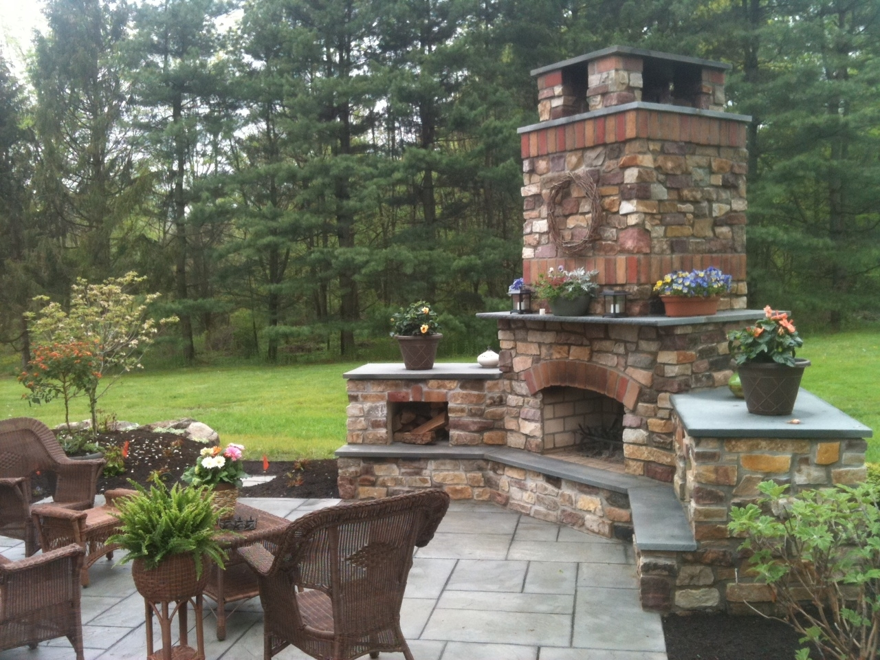 Image of: Top Outside Stone Fireplace Stone Outdoor Fireplaces Brick Outdoor With Regard To Masonry Outdoor Fireplace The Right Options For Masonry Outdoor Fireplace