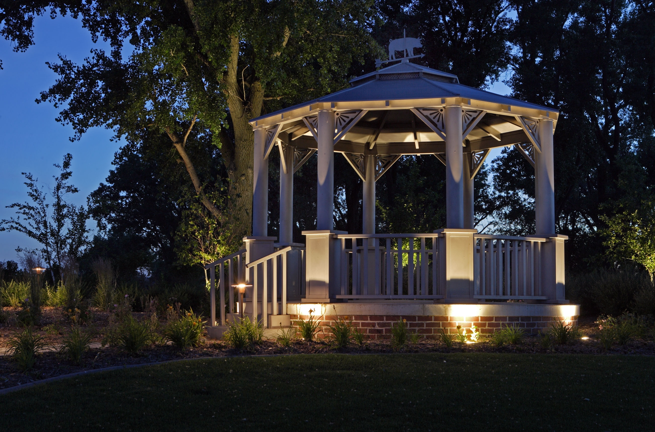 Image of: Unusual Unique Landscape Lighting Fixtures Design Ideas Decors Within Outdoor Lighting Fixtures For Gazebos Outdoor Lighting Fixtures For Gazebos