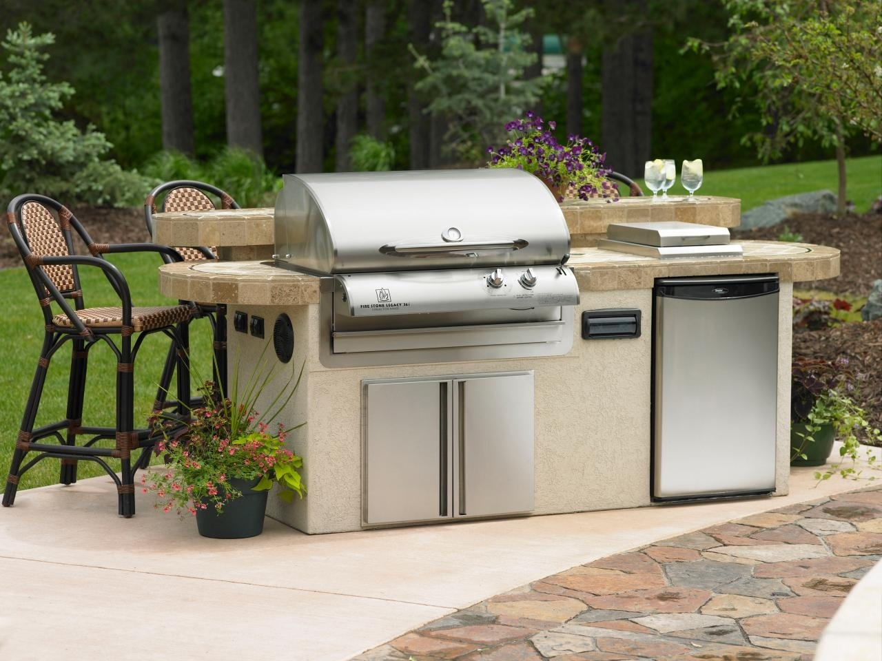 Image of: Utilities In An Outdoor Kitchen Hgtv Inside Outdoor Kitchen Sink Drain Best Outdoor Kitchen Sink Drain Idea