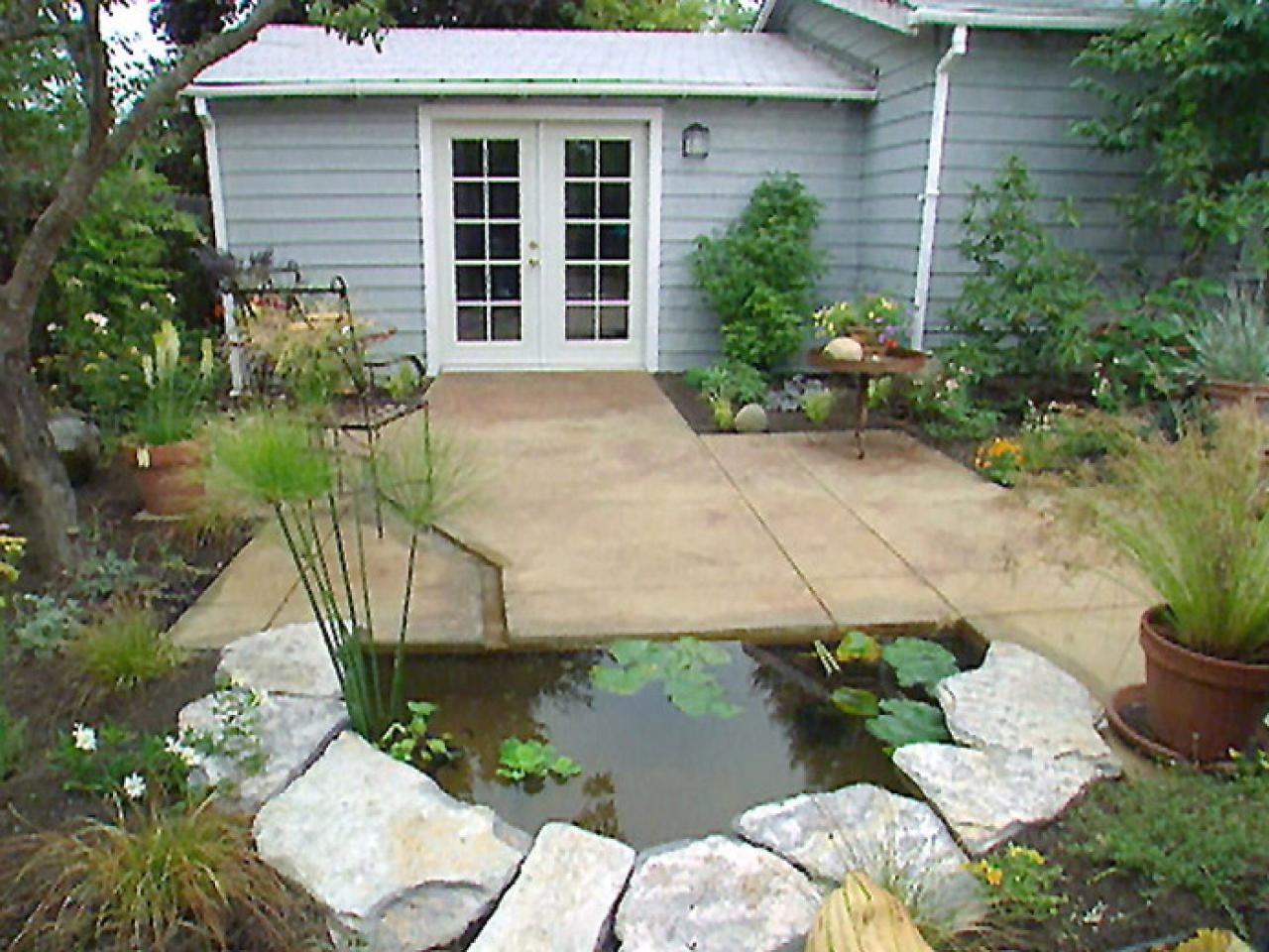 Image of: Water Features For Any Budget Diy Intended For Focal Point Landscaping Ideas Focal Point Landscaping